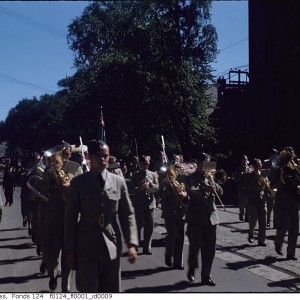 1945-wwii-welcome-home-parade-kodachrome-f0124_fl0001_id0009.jpg