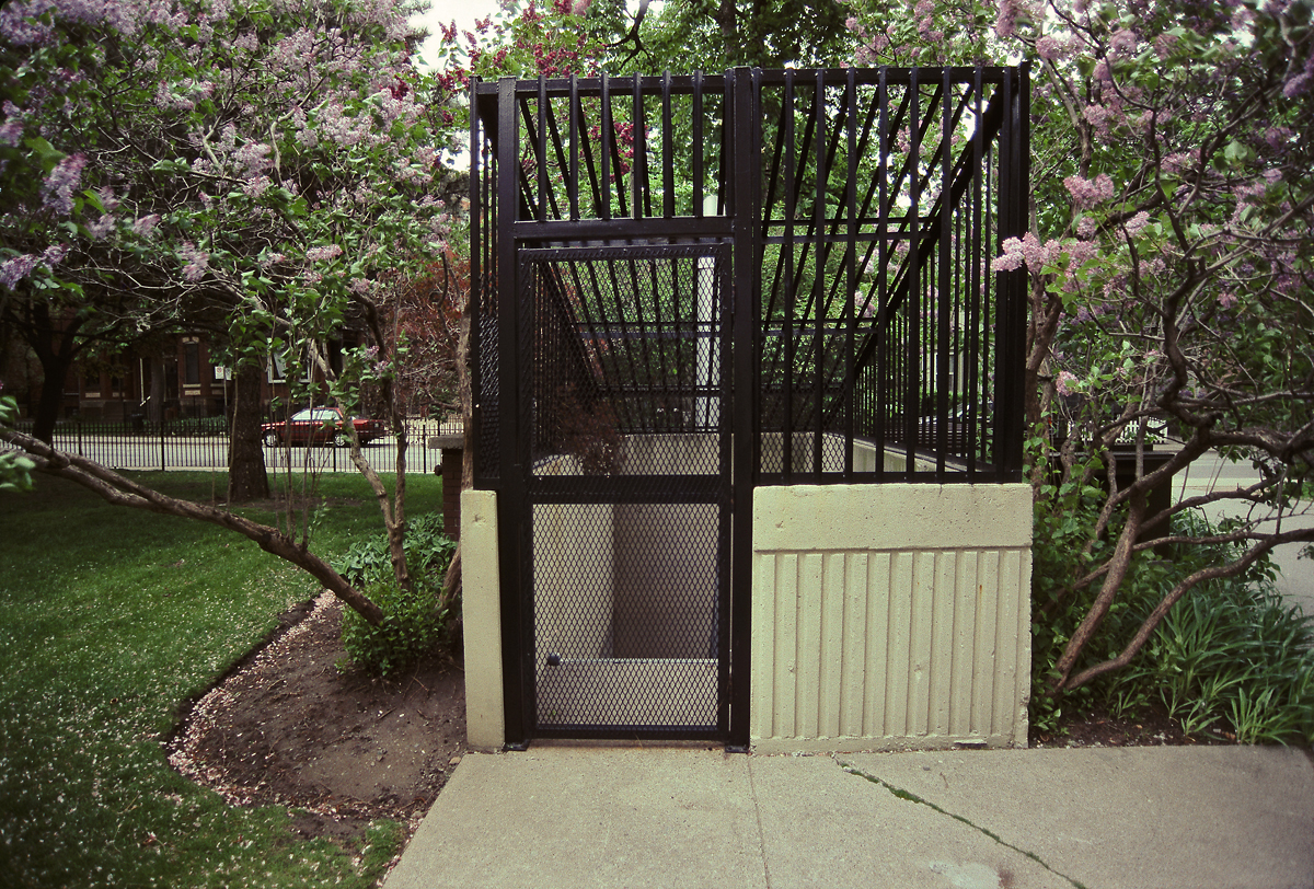 Figure 2. Underground garage stairwell at 40 Homewood Avenue, where Marcello Palma murdered his second victim just before midnight on 20 May 1996. [Idlewild; photo from 19 May 2008]