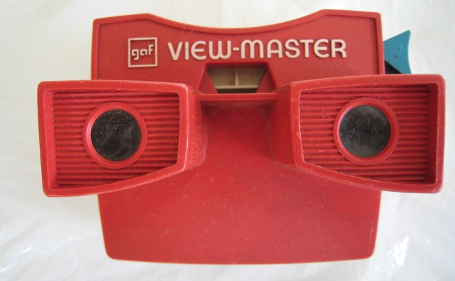 My very first virtual reality handheld! [©© Deiby on Flickr]