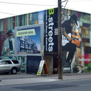 "Eradicating names, eroding memory, erasing imageability: ""Mnemotechny in Toronto"""