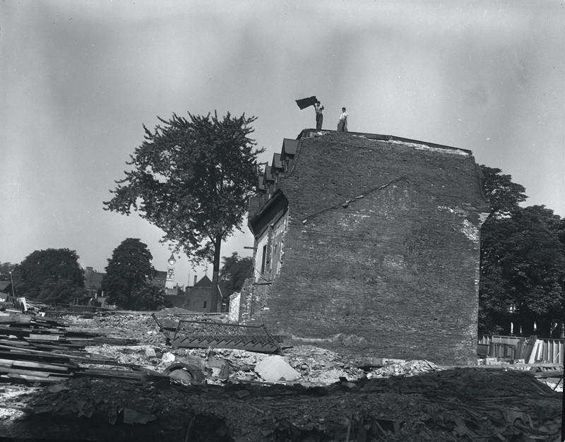 Figure 2. Demolition of housing between Wood and Alexander streets, west of Church Street, 7 July 1954. Apartment towers were built in their wake. [York Univ. Institutional Repository, Toronto Telegram collection [asc03364]; URI http://hdl.handle.net/10315/2252].