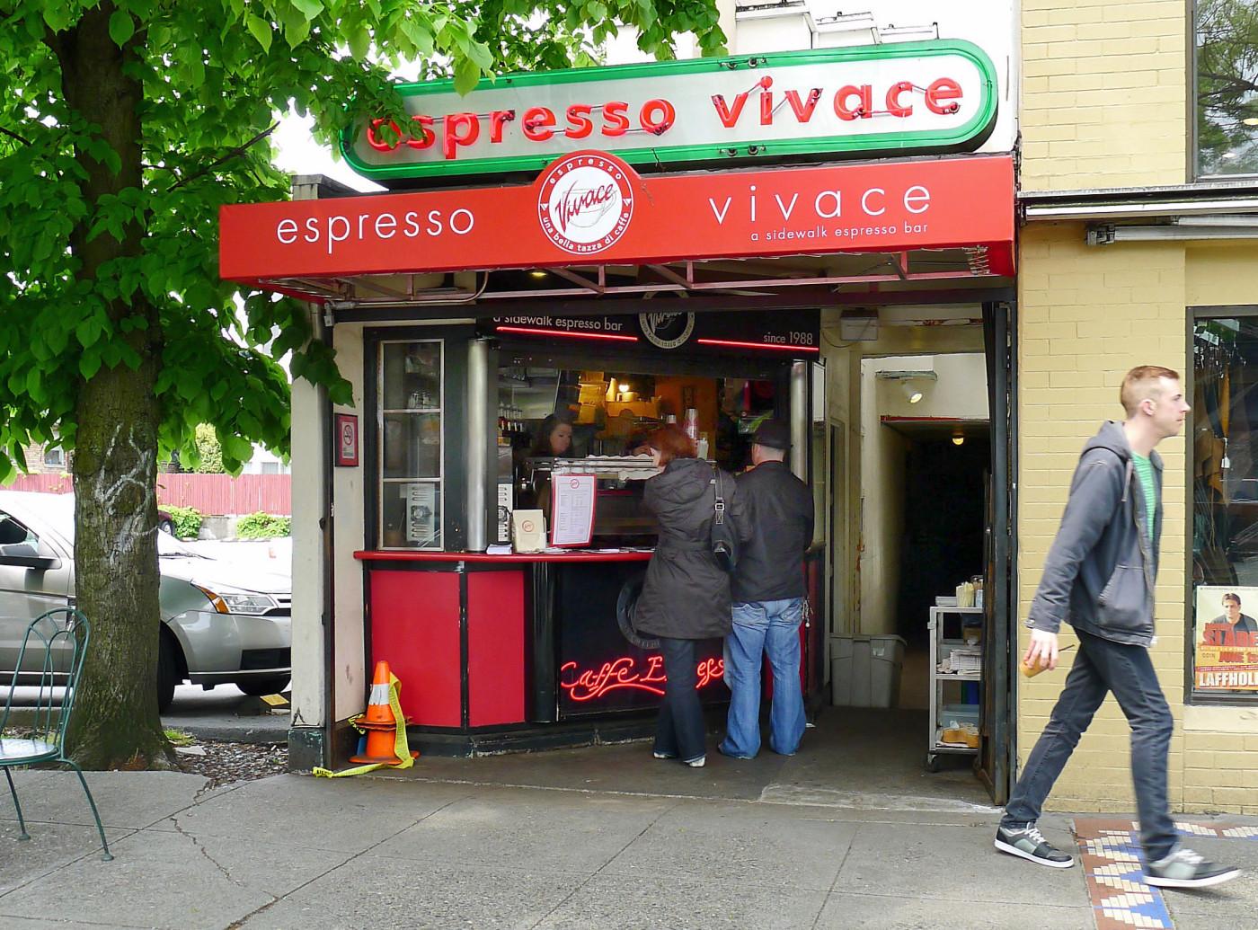 Espresso Vivace, a walk-up kiosk in Seattle (©© Lars K.)
