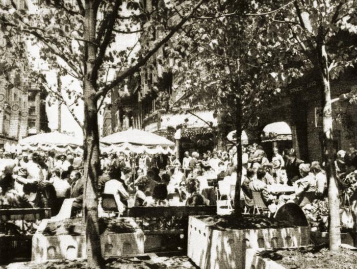 Yonge Street Mall [undated], James Lemon [City of Toronto Archives]